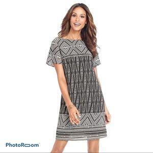 🛍Avon Boho Print Shift dress